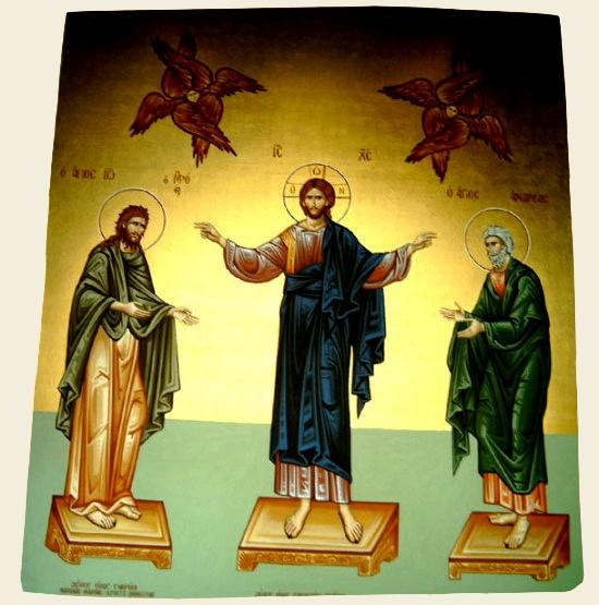 Το νοτιοανατολικό κεκλιμένο επίπεδο του ναού μας. Οι Άγιοι Ιωάννης ο Πρόδρομος και Ανδρέας ο Πρωτόκλητος σε δέηση εκατέρωθεν του Χριστού